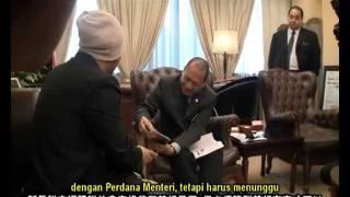 getlinkyoutube.com-Part 2 黃明志要見首相 Namewee wanna meet PM Malaysia!