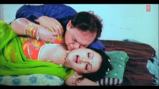 getlinkyoutube.com-Naughty Scene from Bhojpuri Movie [ Hamaar Saiya Hindustani ] Part-1