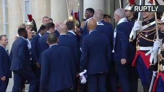 Emmanuel Macron accueille les Bleus au Palais de l'Elysée