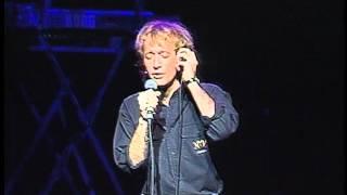 getlinkyoutube.com-Bee Gees; Robin Gibb - I Started a Joke - live One for All - 1989