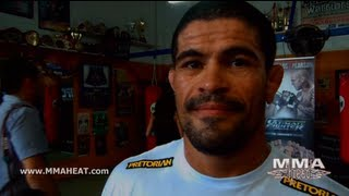 getlinkyoutube.com-Rousimar Palhares on UFC on FX 6 Bout with Hector Lombard, Leg Lock Criticism