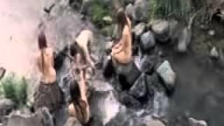 getlinkyoutube.com-Intip Gadis Desa Mandi Di sungai