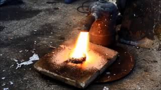 getlinkyoutube.com-Melting copper and Aluminium scrapping with 300Kw  Waste oil burner