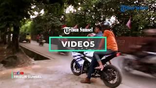 VIDEO 5: 5 Kuliner Pinggir Jalan di Palembang Yang Ramai Dikunjungi Orang