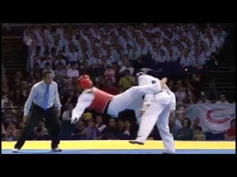 Steven Lopez KO  vs Aaron Cook Round 2 Liga Mundial de Taekwondo. World Taekwondo Tour, 2009.