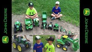 getlinkyoutube.com-Playing with... John Deere Tractor toys
