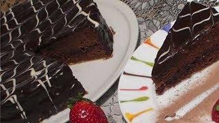 getlinkyoutube.com-اعداد تورتة الشوكولاتة بدوق رفيع وببساطة الشيف نادية | (Torte au Chocolat (Chocolate Cake