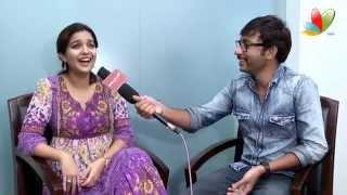getlinkyoutube.com-RJ Balaji Teasing Swathi: Vadacurry Interview | Vadacurry Tamil Movie | Jai | Cross Talks