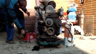 getlinkyoutube.com-Štart motora po 5.rokoch (Mercedes OM615 2.4d)