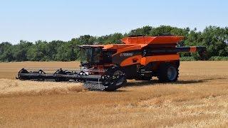 getlinkyoutube.com-New Tribine Combine The Future of Harvesting is Now Trekkerweb