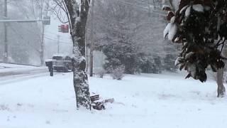 getlinkyoutube.com-stupid people driving in snow