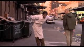 getlinkyoutube.com-Hilarious scene from movie Men In Black: Edgar bug the farmer, super crazy, insane bug