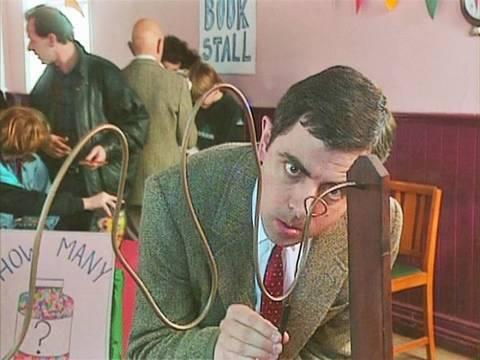 Mr. Bean Cheats at Game
