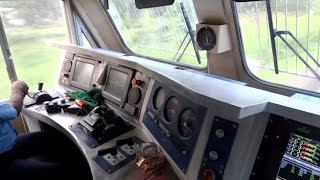 getlinkyoutube.com-[IRFCA] Inside Rajdhani Express Locomotive, Ultimate Cab Ride in WDP4D Engine