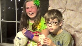 getlinkyoutube.com-Giving Kids Bad Christmas Presents PRANK!