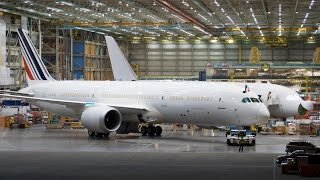 getlinkyoutube.com-First Air France 787 Rolls Out of Factory in Seattle