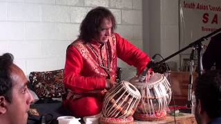 getlinkyoutube.com-Tari Khan Saheb Tabla Solo with Ghulam Ali Saheb in the audience