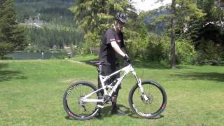 getlinkyoutube.com-MOUNTAIN BIKE TRICK TIP: World's Best How to Wheelie Tutorial