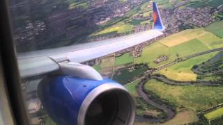 getlinkyoutube.com-Jet2.com 757-200 Bumpy landing at Leeds Bradford International Airport runway 32