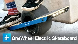 getlinkyoutube.com-Carving concrete (and eating it) on the insane OneWheel electric skateboard - CES 2015