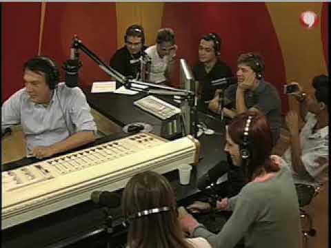 Emilio passa trote em garota de programa imitando Gil Gomes
