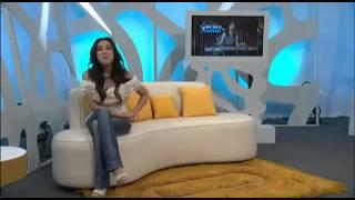 getlinkyoutube.com-Une présentatrice mexicaine sexy perd son haut en direct