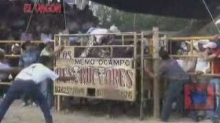 getlinkyoutube.com-Destructores de Memo Ocampo 2011(Nuevo)