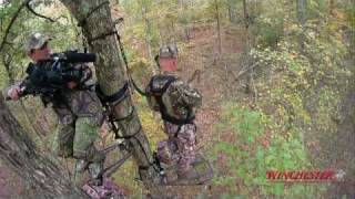 getlinkyoutube.com-Bow Hunting: Buck Down in Kentucky
