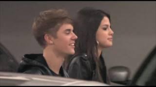 getlinkyoutube.com-Justin Bieber, Selena Gomez & Ashley Tisdale together