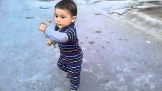 getlinkyoutube.com-Impresionante bebé bailando