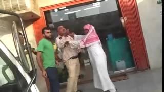 getlinkyoutube.com-مضاربه بين سعودين ومصريبن