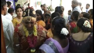 getlinkyoutube.com-Ishwarya Weds Senthilnathan MONTAGE