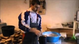 getlinkyoutube.com-ApisPuișoru, apicultura de la A la Z - video 12