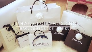 getlinkyoutube.com-CHANEL UNBOXING (Bag, Jewelries, Makeup...)| Angelbirdbb