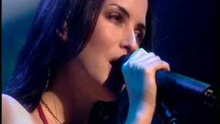 getlinkyoutube.com-The Corrs - Opening + Only When I Sleep LIVE In London 01