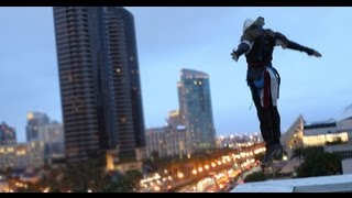 getlinkyoutube.com-Assassin's Creed 4 Meets Parkour in Real Life - Comic-Con in 4K
