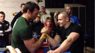 getlinkyoutube.com-Devon Larratt vs Janis Amolins practice right arm  2012!
