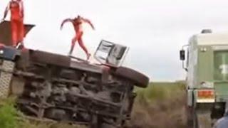 getlinkyoutube.com-2015 Dakar Rally Crashes / Choque (part 1)
