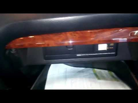 Замена  фильтра салона Toyota Land Cruiser 120
