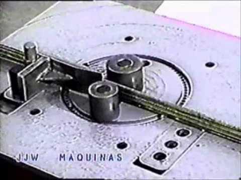 DM32 - Dobradeira Mecânia de Vergalhão