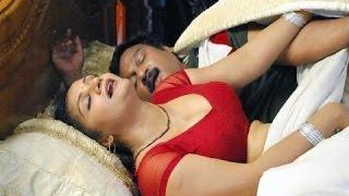desi savita bhabhi seduced by neighbour