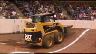getlinkyoutube.com-Skid Steer Smackdown Hill Climb