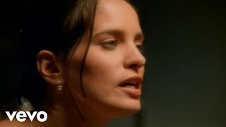 getlinkyoutube.com-Chantal Kreviazuk - Leaving On A Jet Plane