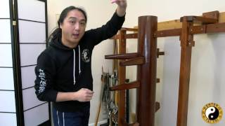getlinkyoutube.com-Kung Fu Training | Muk Jong Take Down Technique | Wooden Dummy Training
