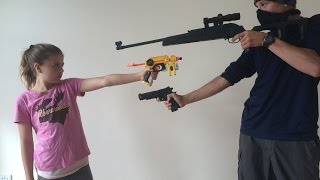 getlinkyoutube.com-Nerf Robbery - Defend the House