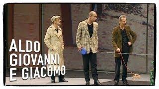 getlinkyoutube.com-Diablo e il gabbiano Jonathan - Tel chi el telun | Aldo Giovanni e Giacomo