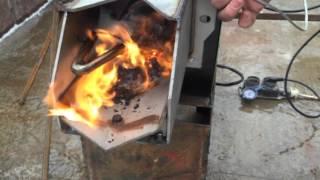getlinkyoutube.com-Пеллетная горелка Терминтор 36 отлично работает на торфяной пеллете