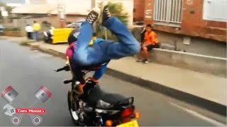 getlinkyoutube.com-Stunt Medellín - Acrobacias Peligrosas | ToroMotos