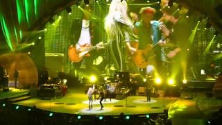 getlinkyoutube.com-Rolling Stones - Gimme Shelter (with Lady Gaga) Live @ Newark, N.J. 15/12/12