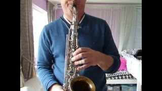 getlinkyoutube.com-Demo of a Amati/Keilwerth Tone King alto saxophone
